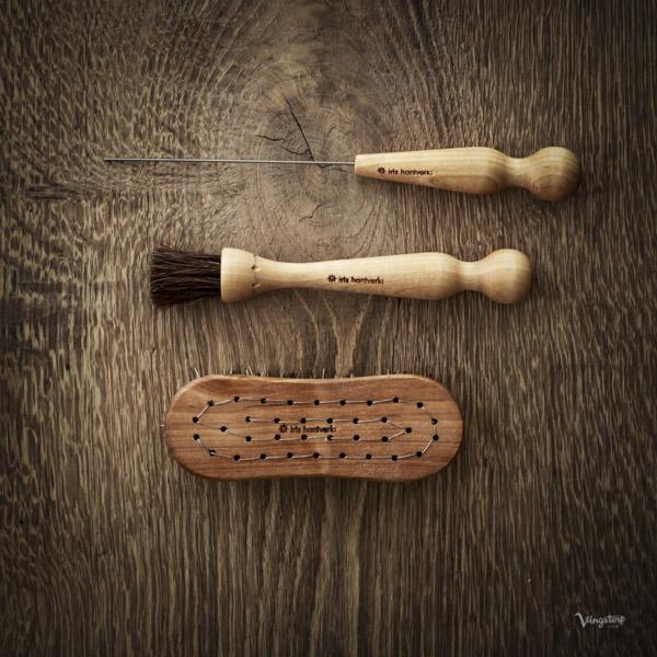 Rotsaksborste, svampborste och potatissticka från Iris Hantverk
