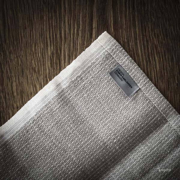 Textile No. hållbart tillverkad genom hela processen inom Europa. Certifierad av Masters of Linen.