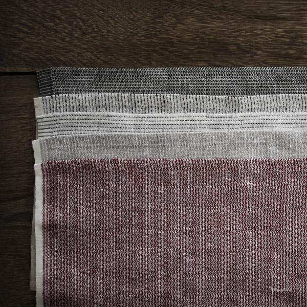 Textile No. finns i olika vävningar och kulörer som alla matchar med varandra.